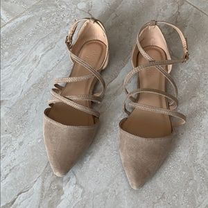 Charlotte Russe Tan Strappy Flat Size 8